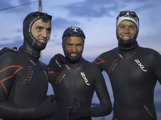Три российских спортсмена первыми в мире переплыли Байкал вдоль, собирая при этом мусор