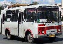 Барнаульцев вынудили ездить на общественном транспорте с пересадками