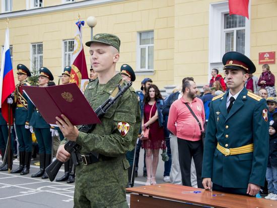 Более 100 курских  призывников пополнили ряды Росгвардии