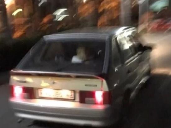 В Анапе оштрафовали водителя «четырнадцатой», проехавшегося по набережной