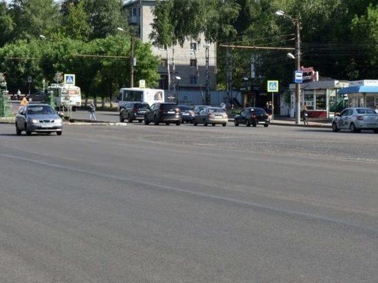 На Октябрьском проспекте в Кирове сделают выделенные полосы для общественного транспорта