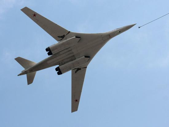 Российские ракетоносцы Ту-160 разместили неподалеку от границы с США