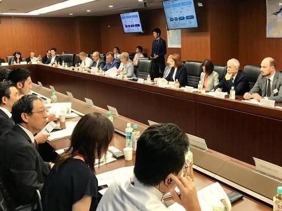 Передовые технологии Японии могут использовать в развитии Петербурга