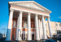 Директор тверского драмтеатра просит о бесплатных парковках для посетителей