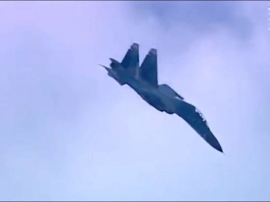 Su-27 pilòt akonpaye Shoigu avyon kritike nan .ganizasyon Trete Nò Atlantik