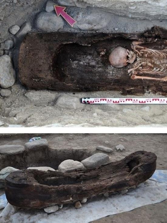 Сибирские археологи нашли в степи похоронную лодку