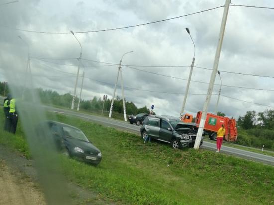 На окружной под Смоленском произошло жесткое ДТП, есть пострадавшие