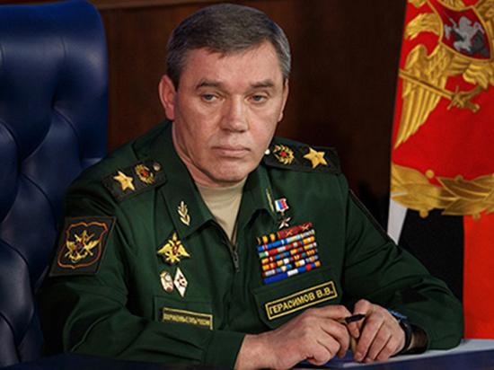 Начальник Генштаба проверил оренбургский полигон «Дунгуз»