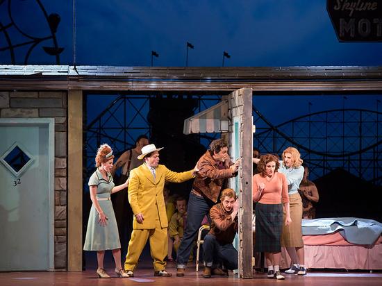 Мет-опера готова к новому сезону