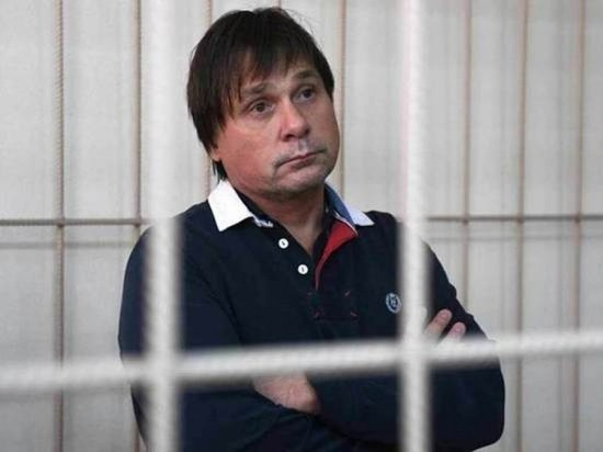 Новосибирский кардиохирург Евгений Покушалов останется под арестом