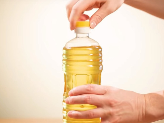 Один скончался ишесть в клинике после отравления подсолнечным маслом вУльяновске