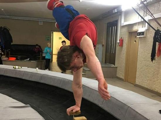 """Танцор-паралимпиец Виктор Кочкин: """"Отсутствие ног - не повод опускать руки"""""""