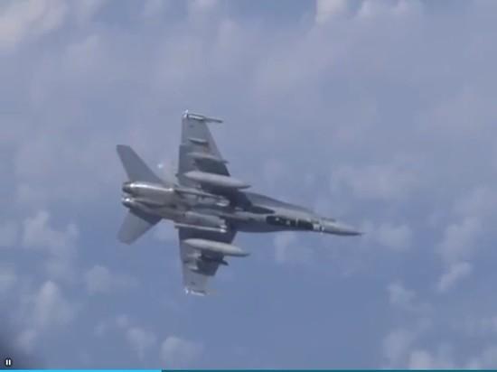 Испанцы раскритиковали своего пилота за сближение с самолетом Шойгу