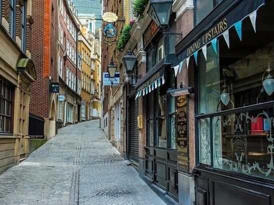 Англичанам предрекли опустевшие полки магазинов после Brexit