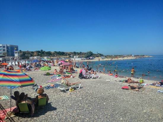 Лучший пляж Севастополя: как и кто отдыхает в
