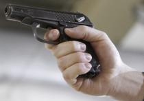 Выстрелом в голову из пневматического пистолета была ранена в пятницу в собственном подъезде молодая мама, жительница Коммунарки (Новая Москва)