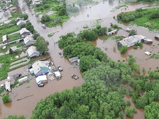 Паводок подтопил более 30 жилых домов в Хабаровске
