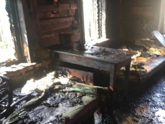 В пожаре в Усольском районе погибли трое детей и женщина