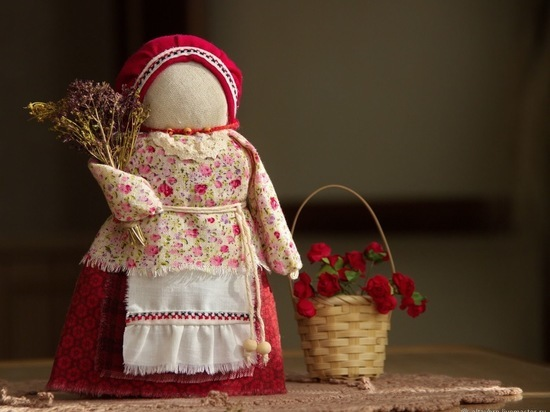 Юных серпуховичей приглашают на интерактивное занятие «Кукла славяночка»