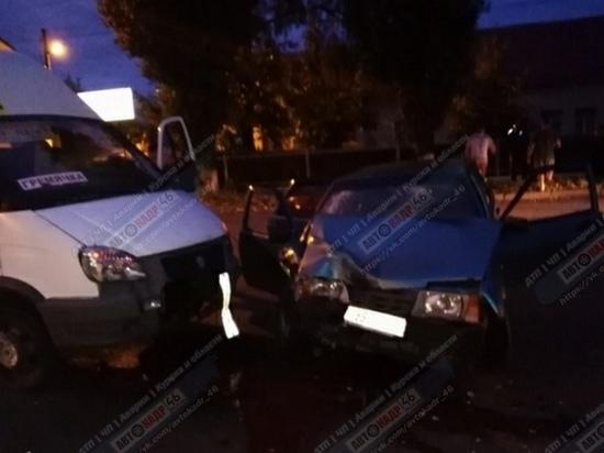 В Курске из-за водителя без прав пострадала пассажирка легковушки