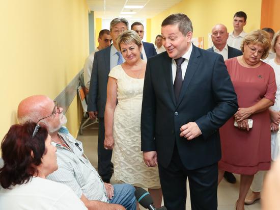 Бочаров после встреч с жителями поставил задачи по развитию медицины