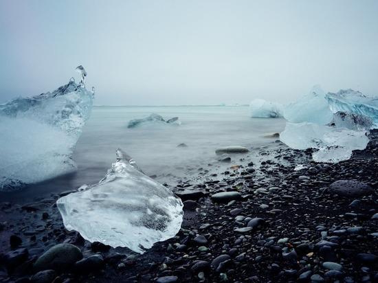 В Исландии похоронили растаявший 700-летний ледник