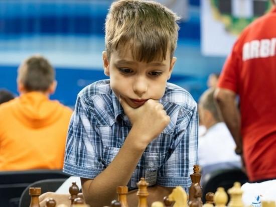 Челябинский школьник победил на чемпионате мира по быстрым шахматам