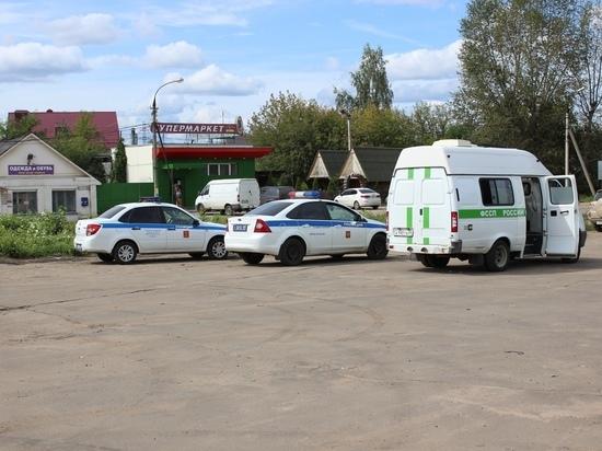 В Твери должники лишились автомобилей и 240 тысяч рублей