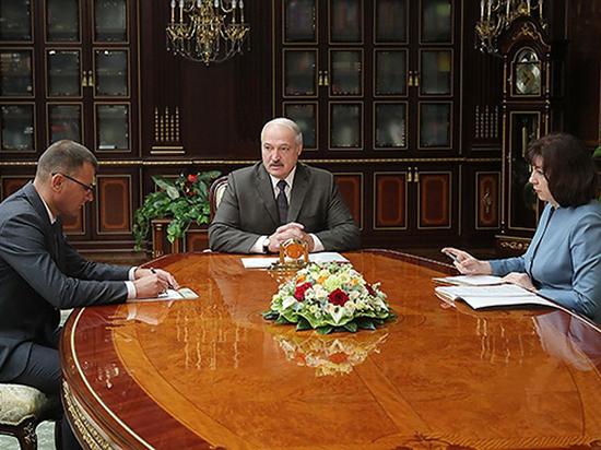 """Лукашенко пригрозил изъять из общества """"оборзевших силовиков"""""""