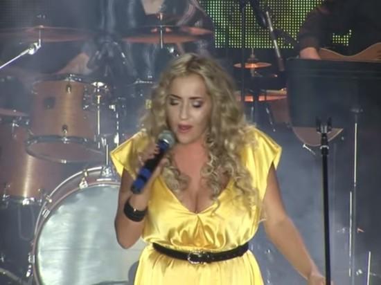 В Приморье трагически погибла 35-летняя певица Олеся Яковлева