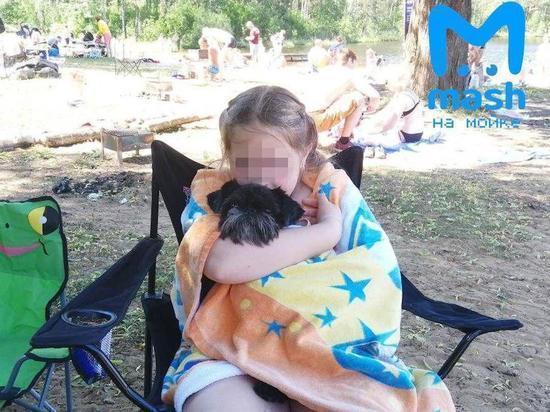 Пострадавшей в турецком бассейне девочке помогут Смольный и Дерипаска