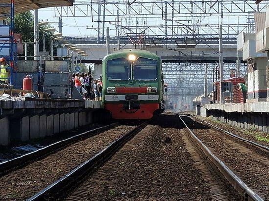 Поезд из Украины переехал девушку в Подмосковье