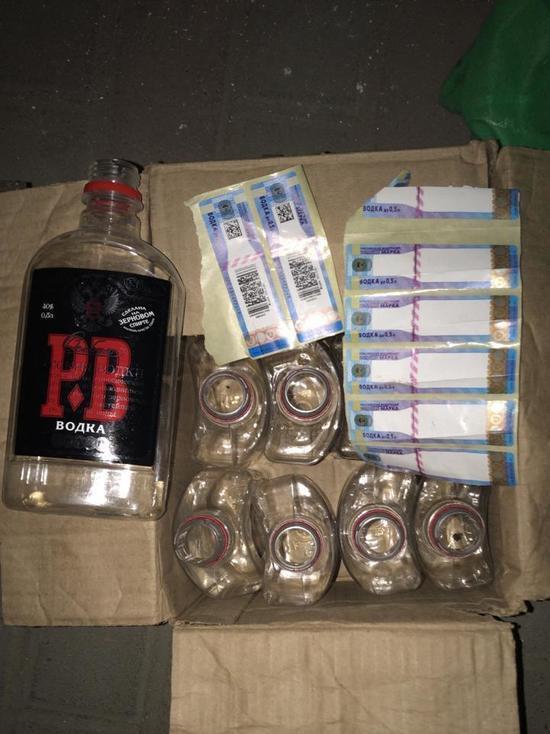 Сотрудники ФСБ и полиции нашли в Ейске большой склад с поддельным алкоголем