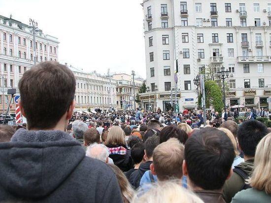 Праздник непослушания: заказчиком московских «погромов» стала власть