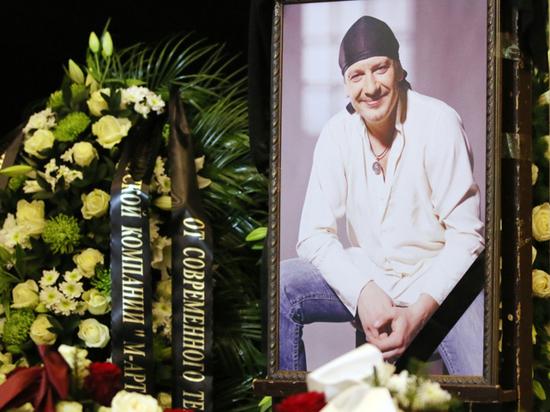 Скандальный суд за наследство актера Марьянова: падчерице отказали в иске