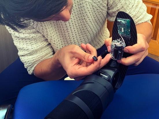 В Иркутске в протезы для инвалидов впервые в мире внедрили чипы с Wi-Fi