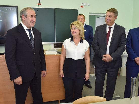 Зампредседателя госдумы Сергей Неверов посетил брянский предуниверсарий