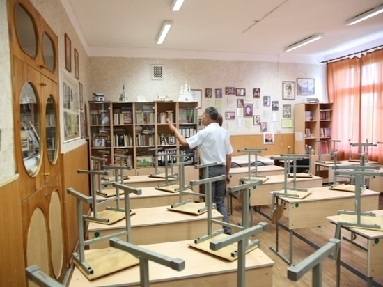 В последние дни августа школы региона сдают свой экзамен