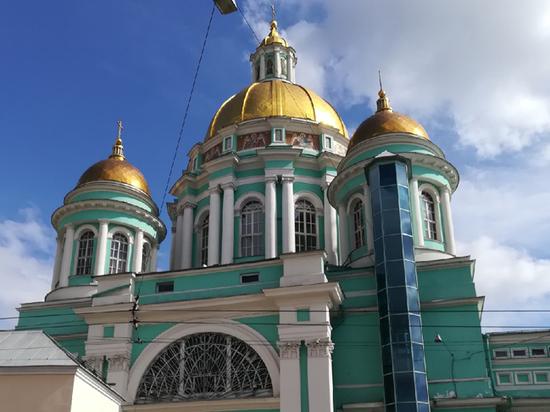 Раскрыта тайна лифта в Елоховском соборе: вынужденная незаконная перепланировка