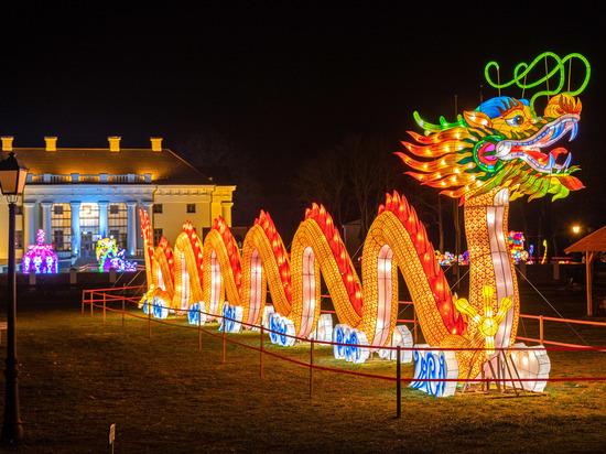 В Петербурге стартует фестиваль гигантских фонарей (фото)