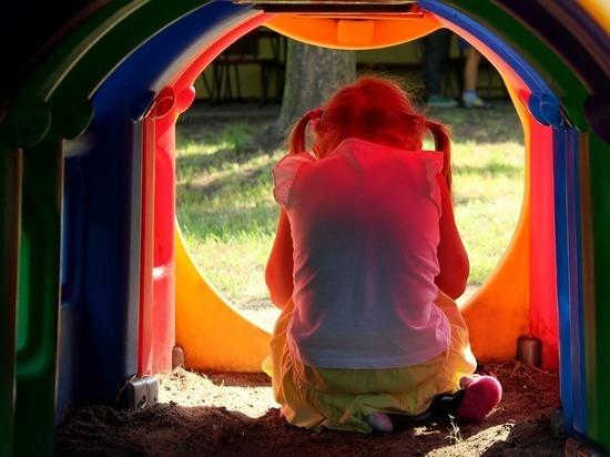 Во Франции хирурга обвинили в изнасиловании 200 детей под наркозом