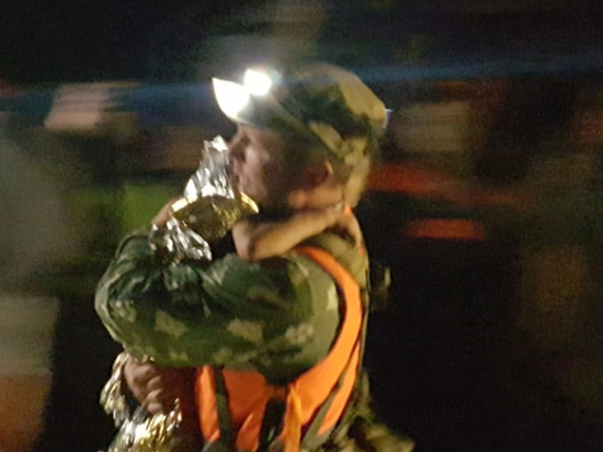 «Попить и тортик»: пропавшую нижегородскую девочку нашли по птичьему писку