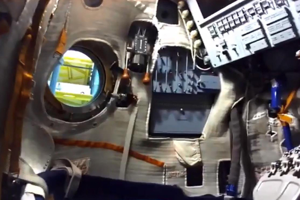 Робота Федора в космосе прикуют к стенке: заставили вести твиттер