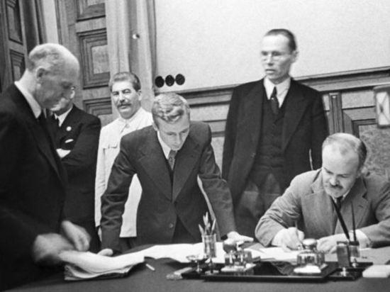 80 лет пакту Молотова - Риббентропа