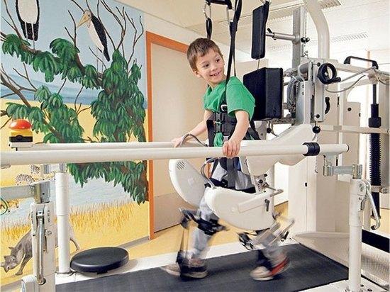 В тверском Центре детской неврологии и медицинской реабилитации открыт кабинет локомоторной терапии «Точка опоры – основа движения»