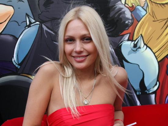 Рудова показала себя без макияжа: «Честное фото»