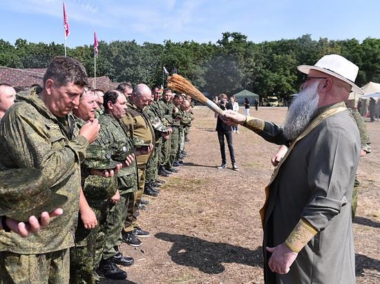 На Кубани прошли военные сборы для тысячи казаков