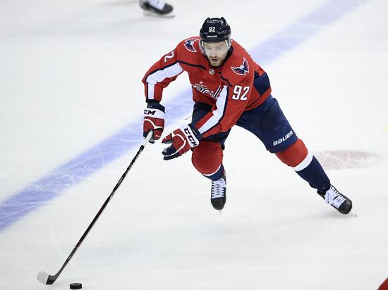 Хоккеист сборной России Кузнецов дисквалифицирован за кокаин, но играть продолжит