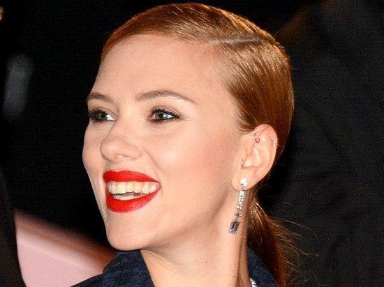 Скарлетт Йоханссон второй год подряд возглавила рейтинг самых высокооплачиваемых актрис