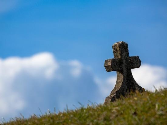 В Северной Осетии расследуют дело ограбившего могилу вора